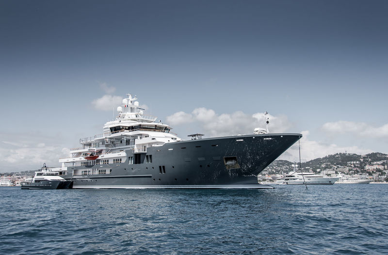 Andromeda anchored off Cannes during CFF
