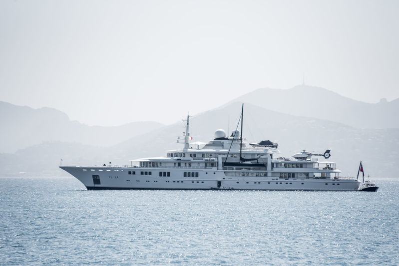 Tatoosh anchored off Cannes during CFF