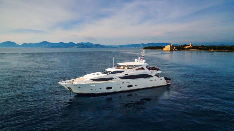 FINAL CUT IV yacht Sunseeker