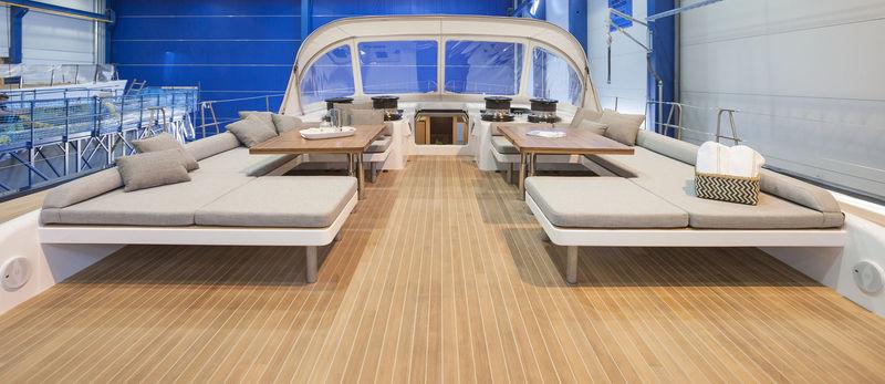 Swan 115 FD - 004 deck