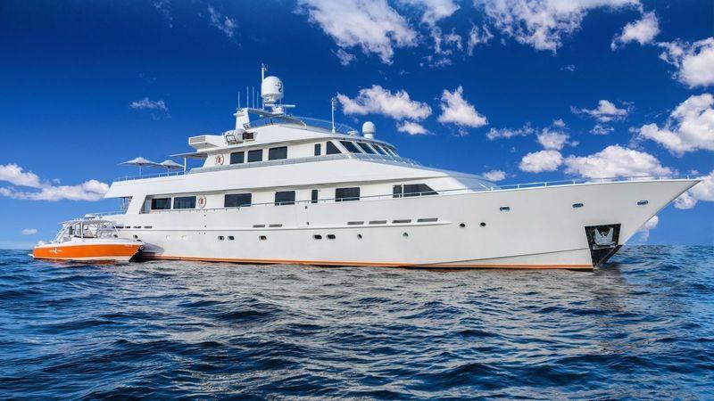 LIONSHARE yacht Heesen