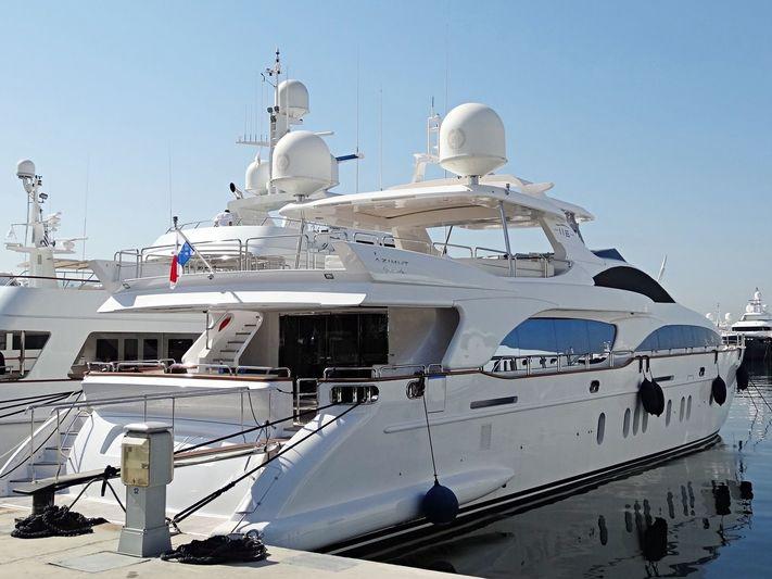 LADY NANI yacht Azimut