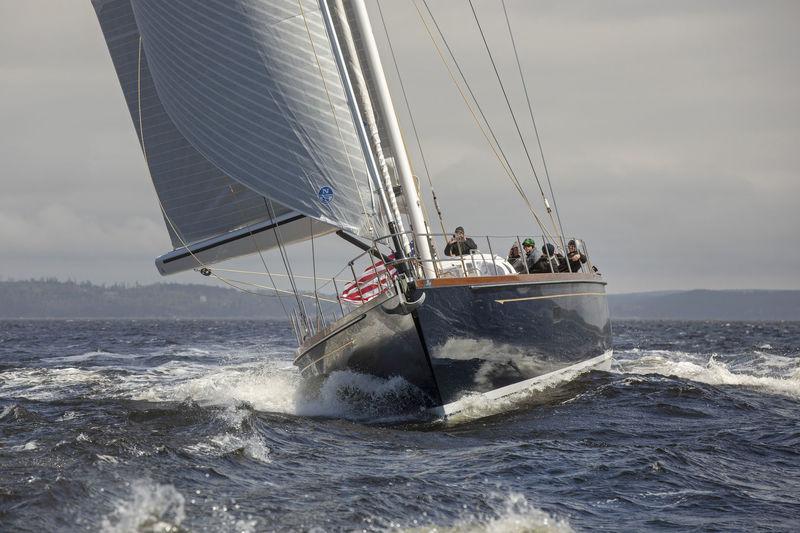 Sonny III sailing