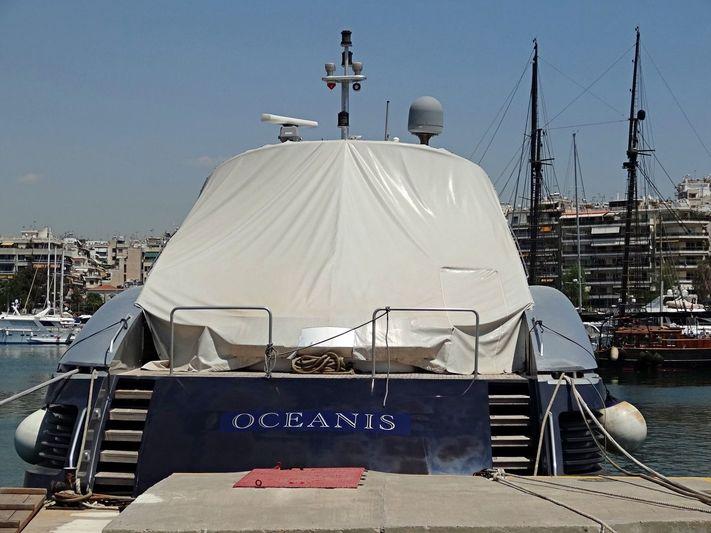 Oceanis in Zeas Marina