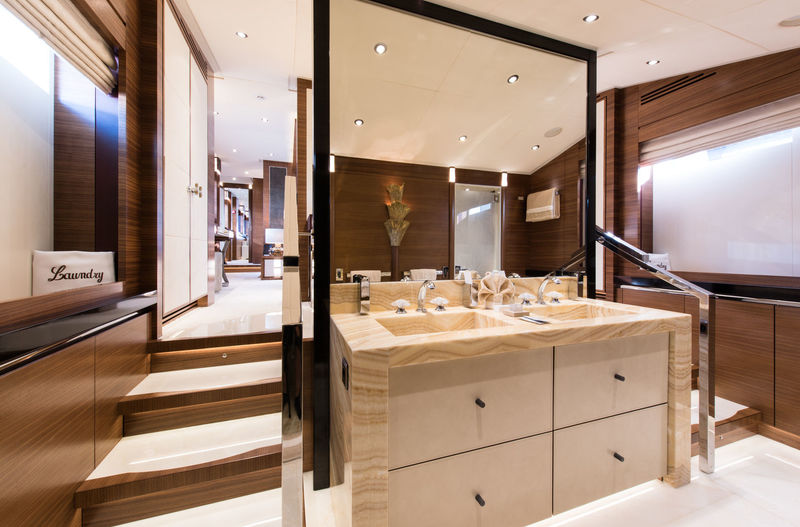 Silver Wind Bathroom