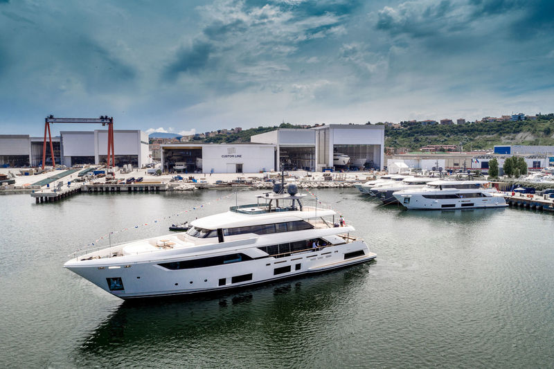 Navetta 37/05 launch at Custom Line in Ancona