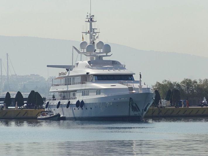 Vera in Athens Marina
