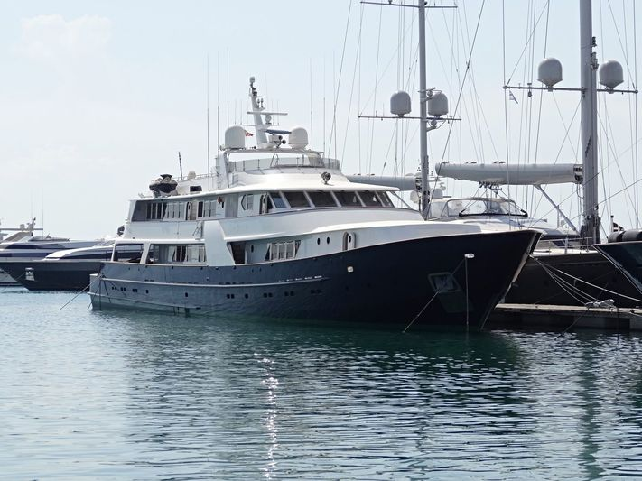 WIND OF FORTUNE yacht CRN