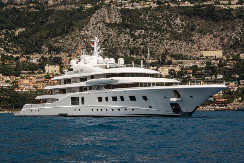 QUANTUM BLUE yacht Lürssen