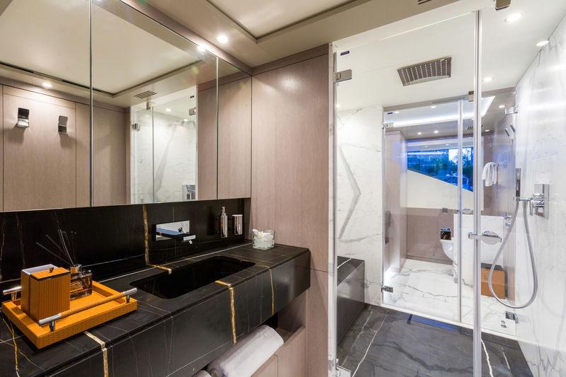 Mr. Loui owner's bathroom