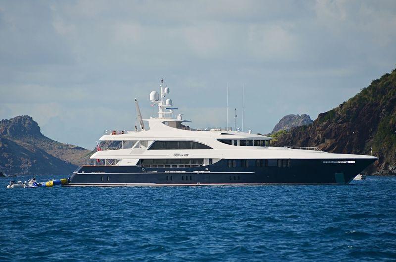 NEVER ENOUGH yacht Trinity