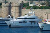 Magenta M Yacht CRN