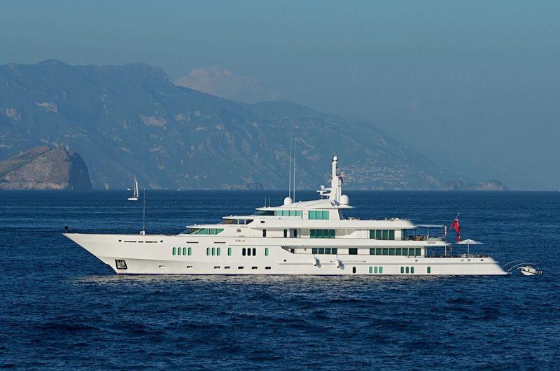 SIRAN yacht Feadship