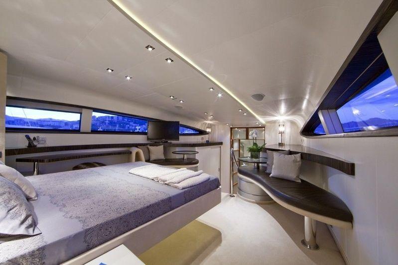 Blue Mamba master suite