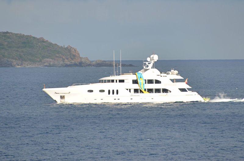 PIPE DREAMS yacht Trinity
