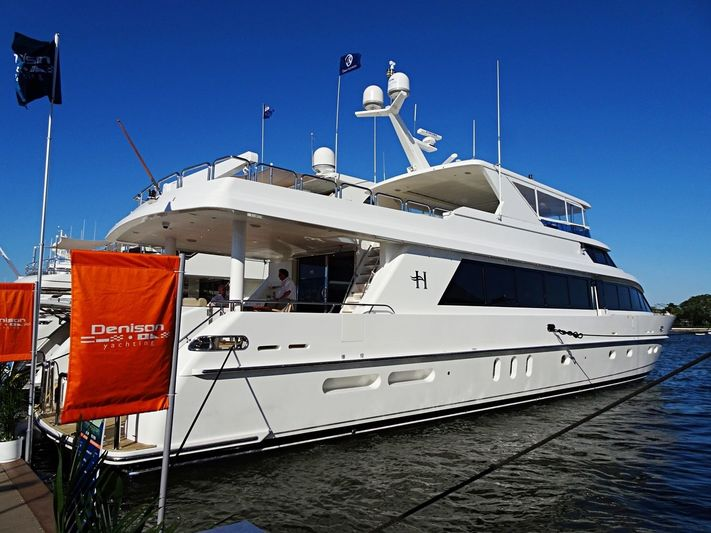 HIGH RISE yacht Hargrave