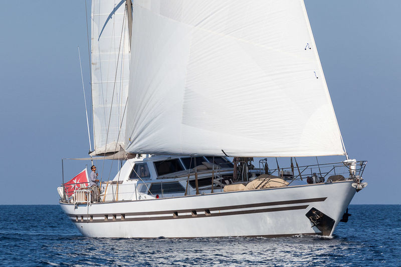 LOTTY yacht Benetti Sail Division