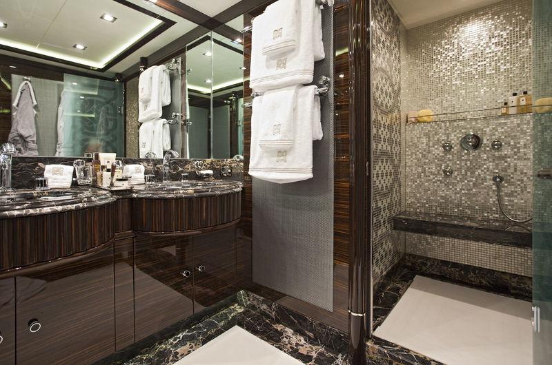 Rush bathroom
