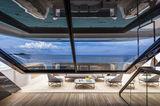 Vista Blue aft main deck