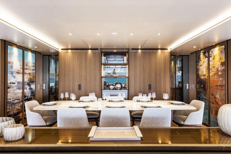 Vista Blue dining