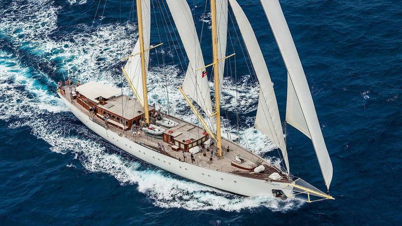 CHRONOS yacht Ark Yacht