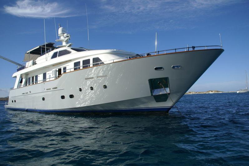 AMANZI yacht Benetti Sail Division