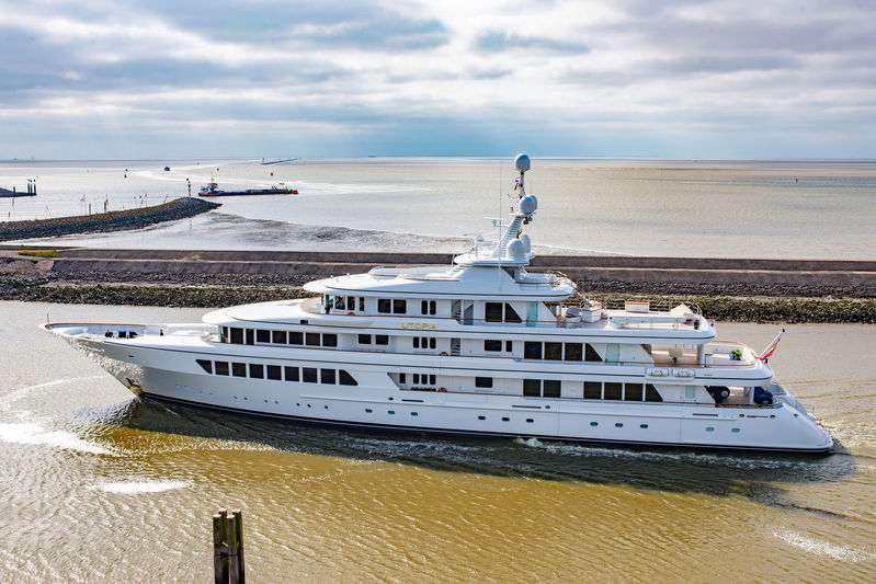Superyacht Utopia departing Makkum