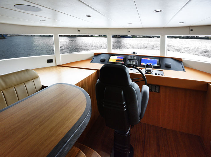 Johnson 93 wheelhouse