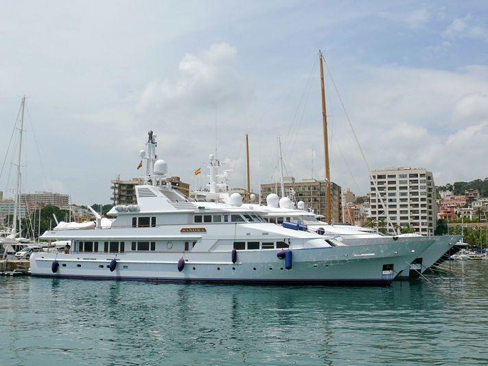 SANORA yacht Feadship