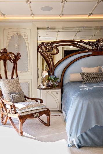 Latona owner suite