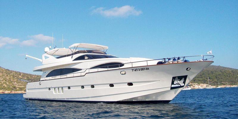 ILLA PUERTO PORTALS yacht Astondoa