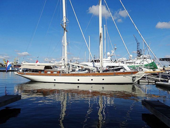 MANDARINE yacht Hakvoort