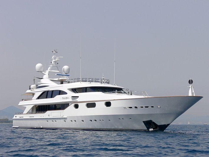 AKIRA ONE yacht Benetti