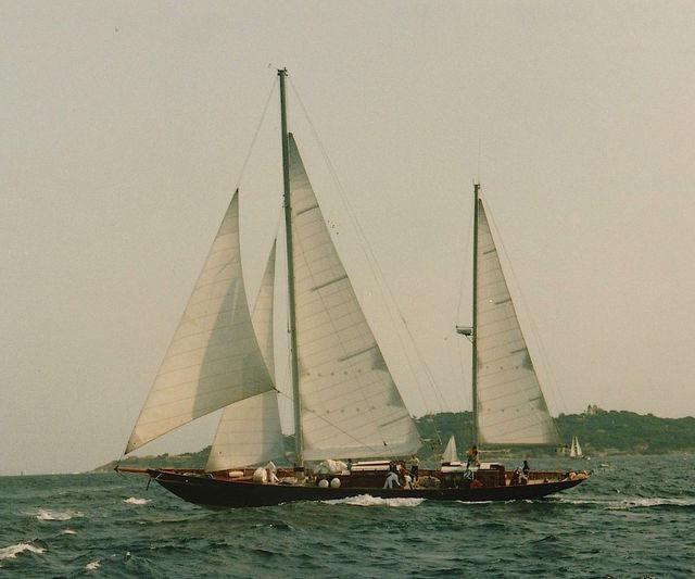 BLACK SWAN OF 1899 yacht Camper & Nicholsons Shipyard