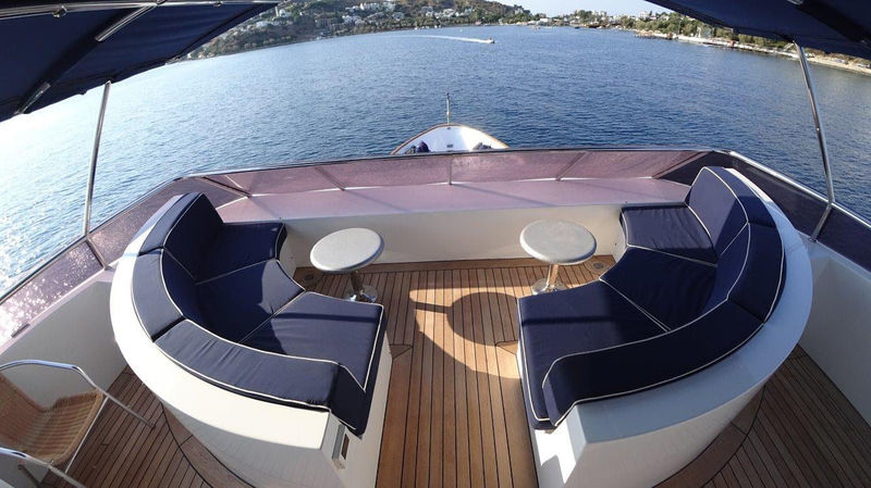 Eagle Tu deck