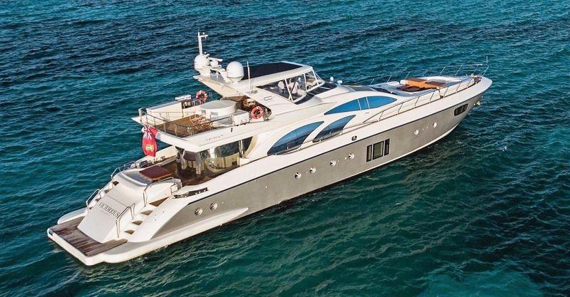 VICTORIOUS yacht Azimut
