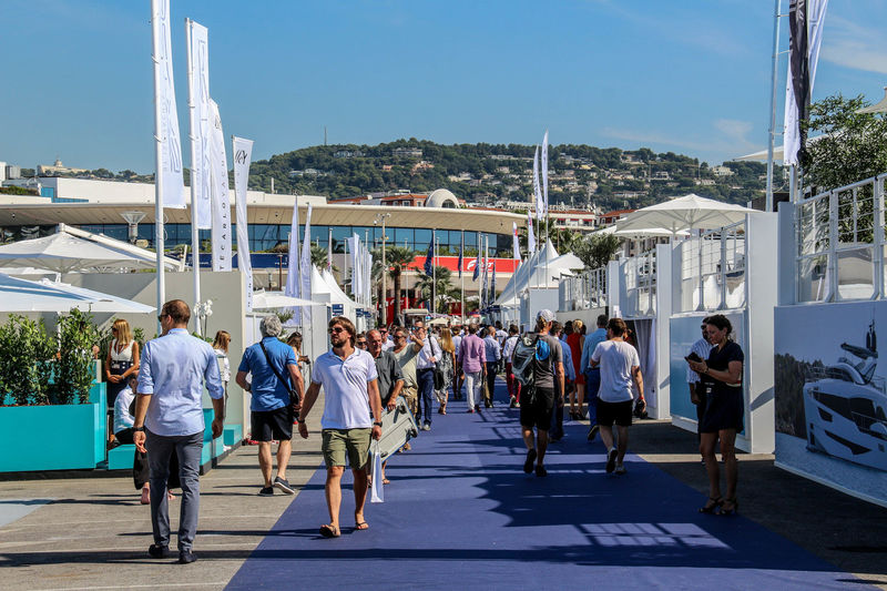 Cannes Yachting Festival - Day 1