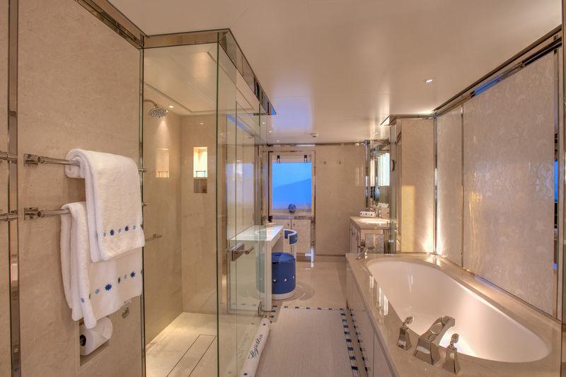 Cynthia bathroom