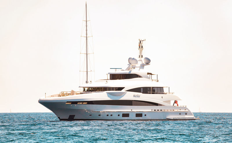 Heesen superyacht My SKy in Cannes