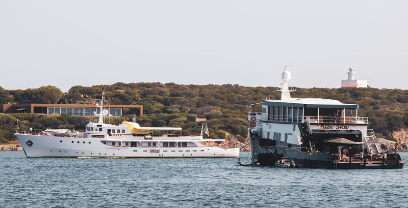 Superyacht Istranka and support vessel Mystere Shadow in Sardinia