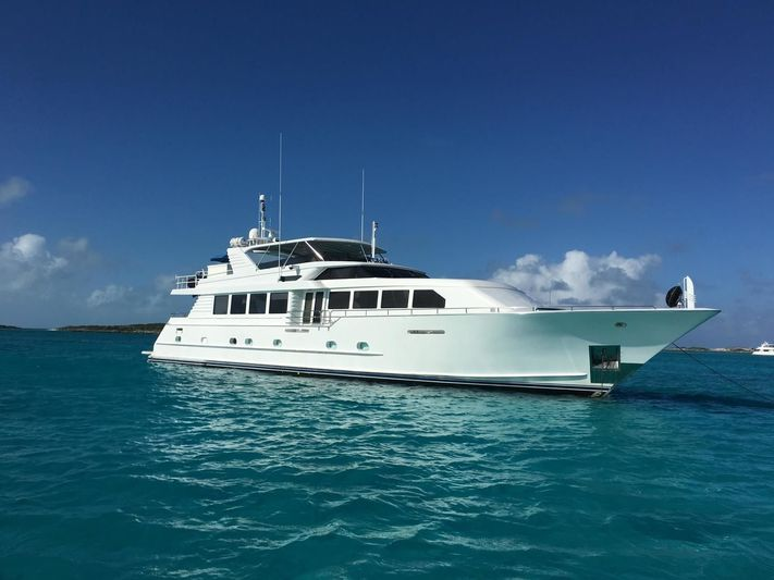 ISLAND VIBES yacht Broward