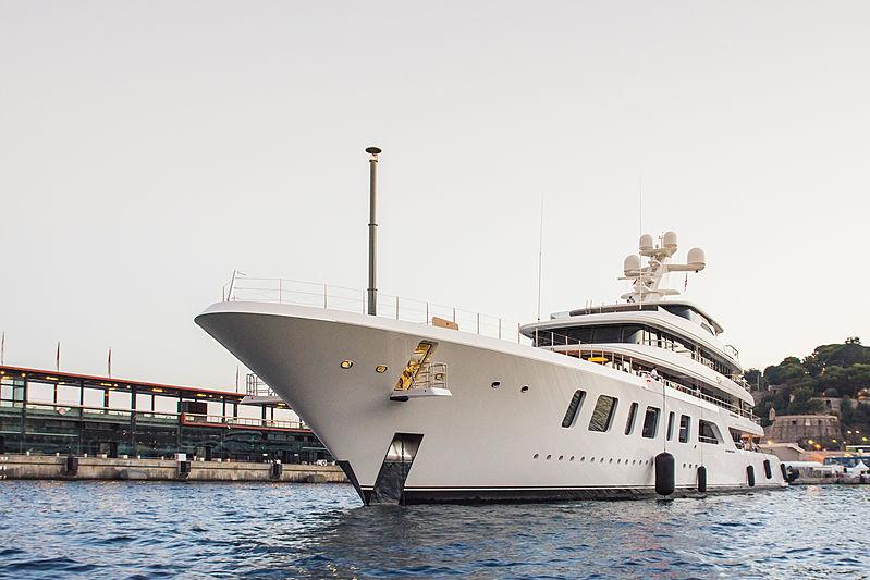 Aquarius leaving the 2018 Monaco Yacht Show