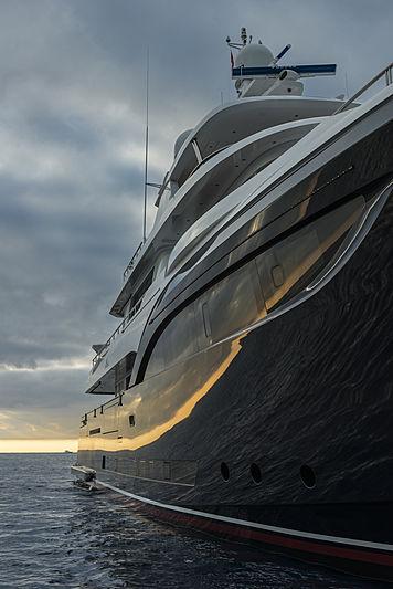Stella di Mare anchored