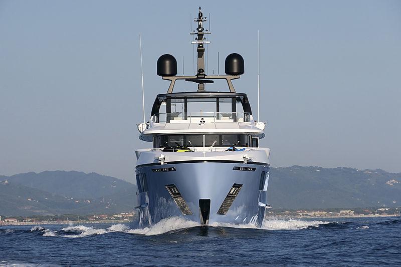 Ocean Dreamwalker III cruising