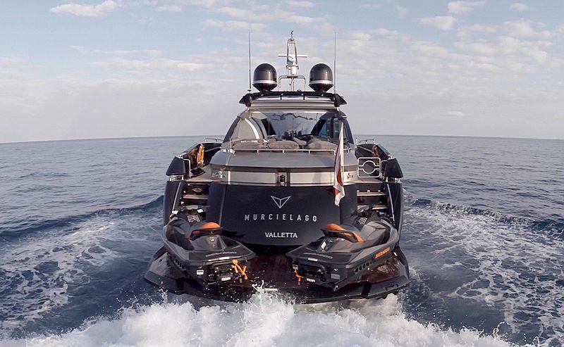 Murcielago yacht by Sunseeker