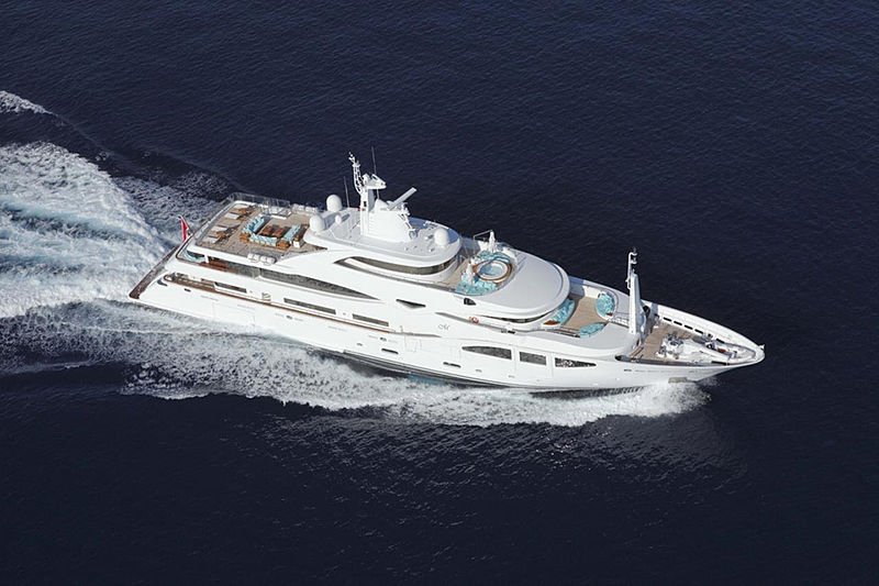 60m CRN motor yacht Ramble on Rose