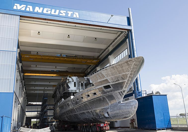 Mangusta GranSport 45/01 under construction
