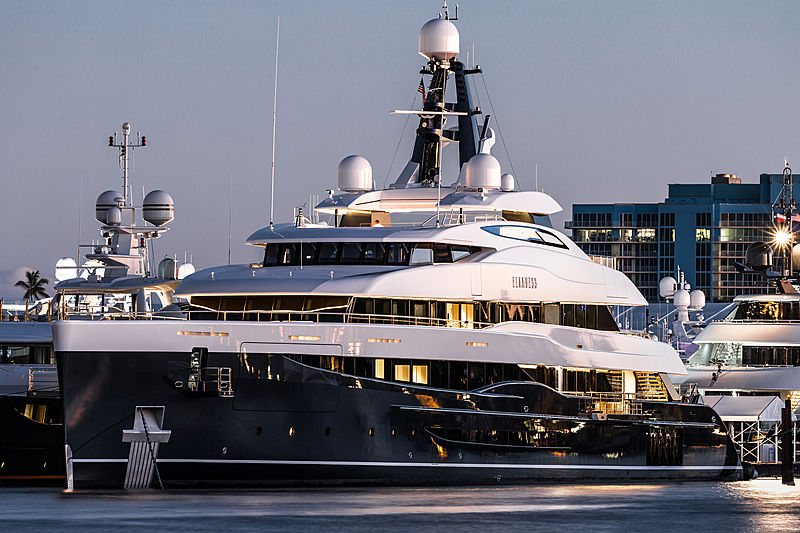 Elandess motor yacht in Fort Lauderdale