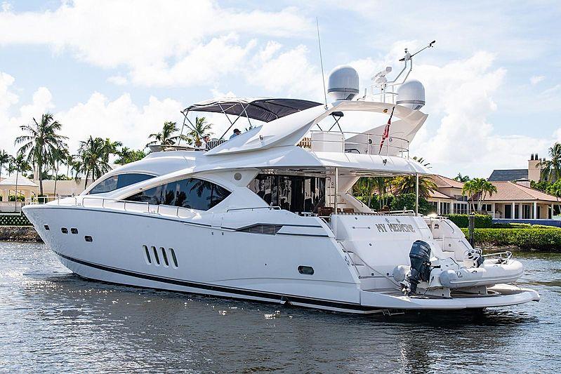 MY MEDICINE yacht Sunseeker