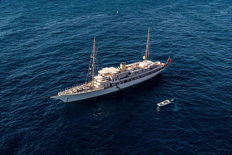 Haida 1929 at anchor